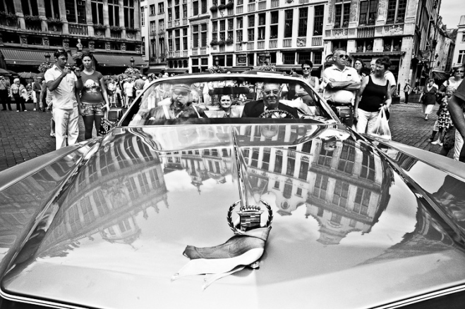 black and white urban photography of Brussels by Christophe Chevaugeon frogfoto