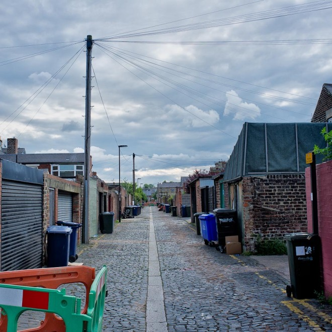 Real World :A Tidy Back Alley