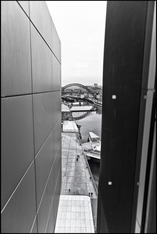 Newcastle-upon-Tyne: Bridge from the Baltic