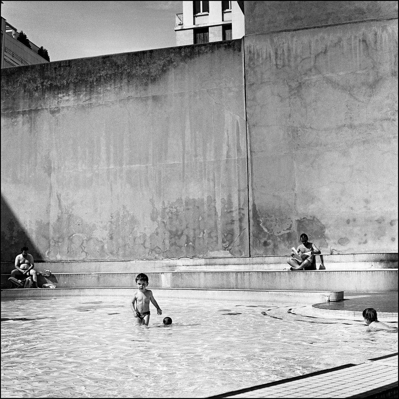 La piscine rue david d angers et pr s de la gare du nord for Piscine paris