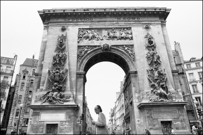 black and white photograph of La Porte St-Denis Paris